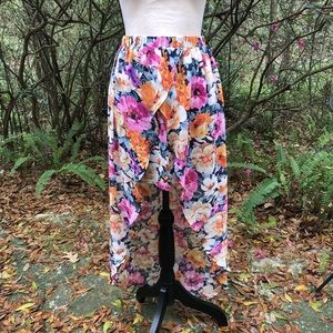 3/$30 Spring hi-low skirt floral XXI flowy small